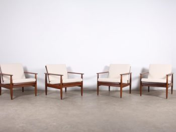 Suite de 2 fauteuils scandinaves