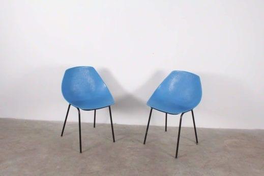 """Paire de chaises """"Coquille"""" - Pierre Guariche"""
