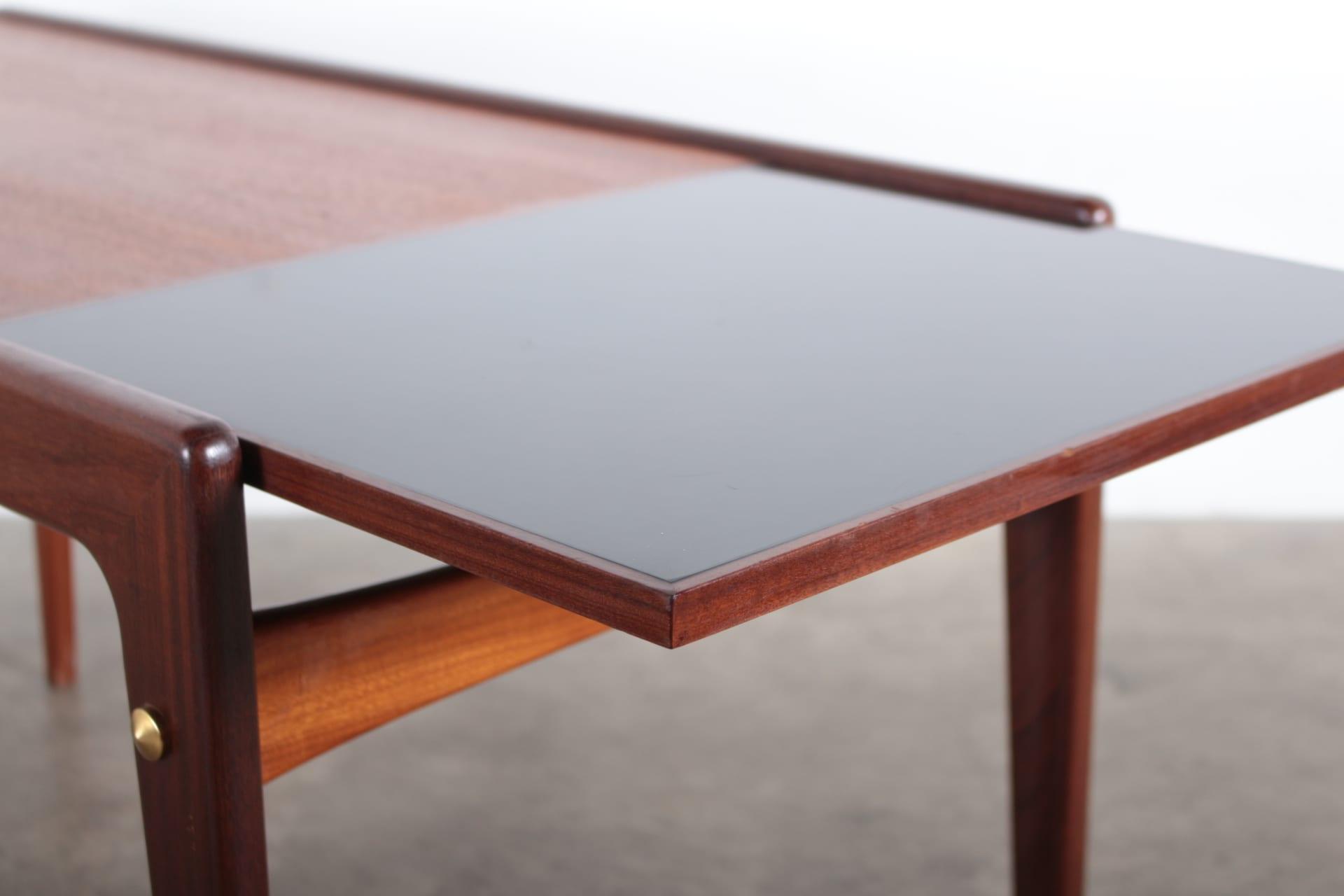 table basse de style scandinave meubles vintage li ge. Black Bedroom Furniture Sets. Home Design Ideas