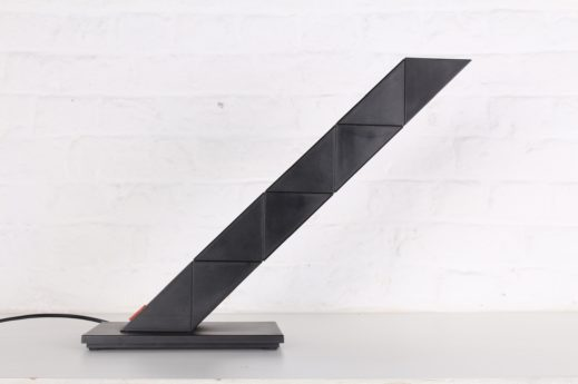 """Lampe de bureau """"Zigzag"""" - Chan Shui pour E-Lite"""
