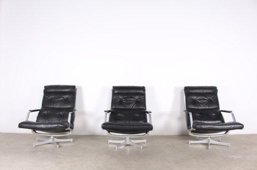 Paire de fauteuil FK 85