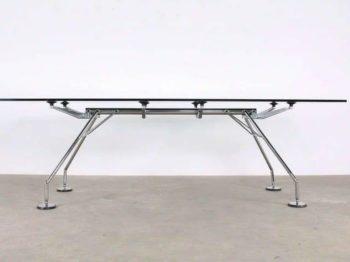 Table NOMOS - Norman Foster