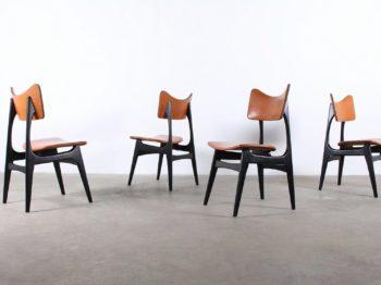 Suite de 4 chaises - Alfred HENDRICKX
