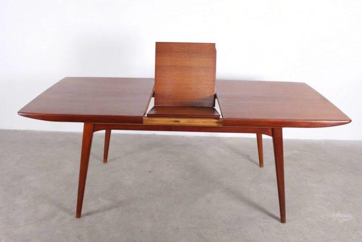 Table en teck à allonge - Louis Van Teeffelen pour WEBE