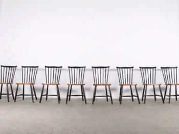"8 chaises ""SH 41"" - Yngve Ekström"