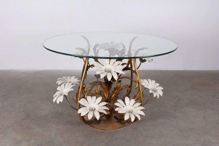 Table basse en tôle peinte & dorée