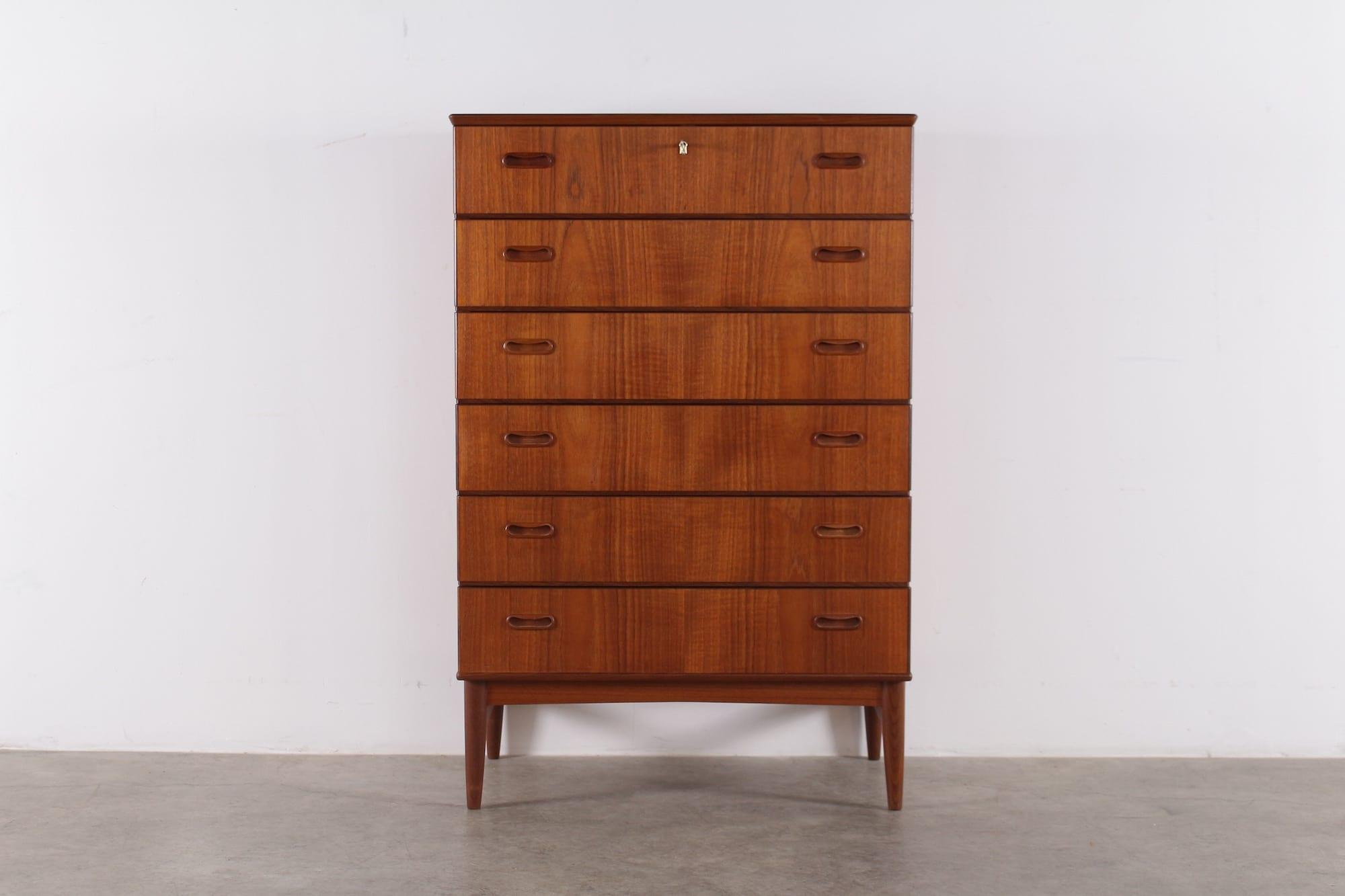 commode danoise 6 tiroirs meubles vintage li ge. Black Bedroom Furniture Sets. Home Design Ideas