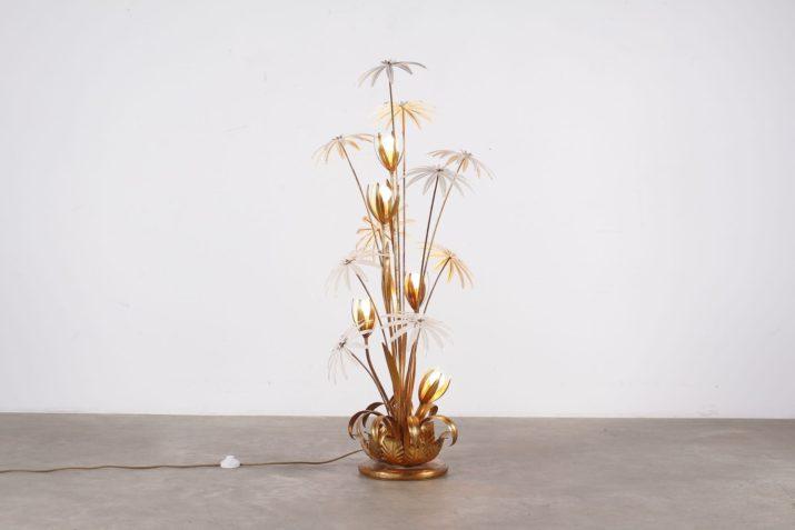 lampadaire en tôlel dorée marguerites fleurs blanches design vintage addict liège