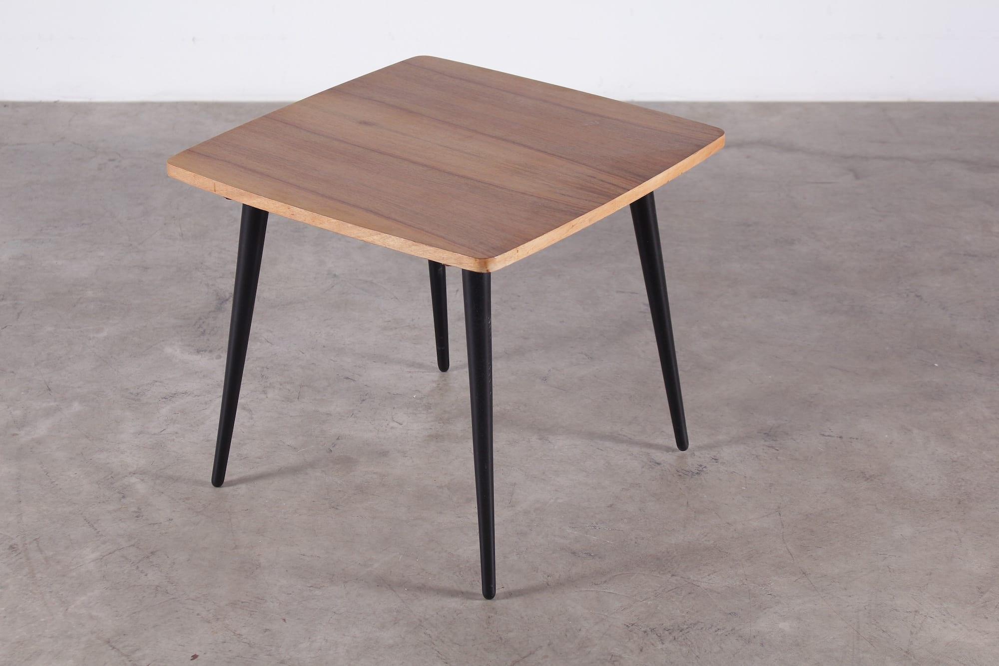 table basse ann es 50 meubles vintage li ge. Black Bedroom Furniture Sets. Home Design Ideas