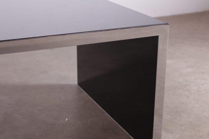 table basse minimaliste années 70