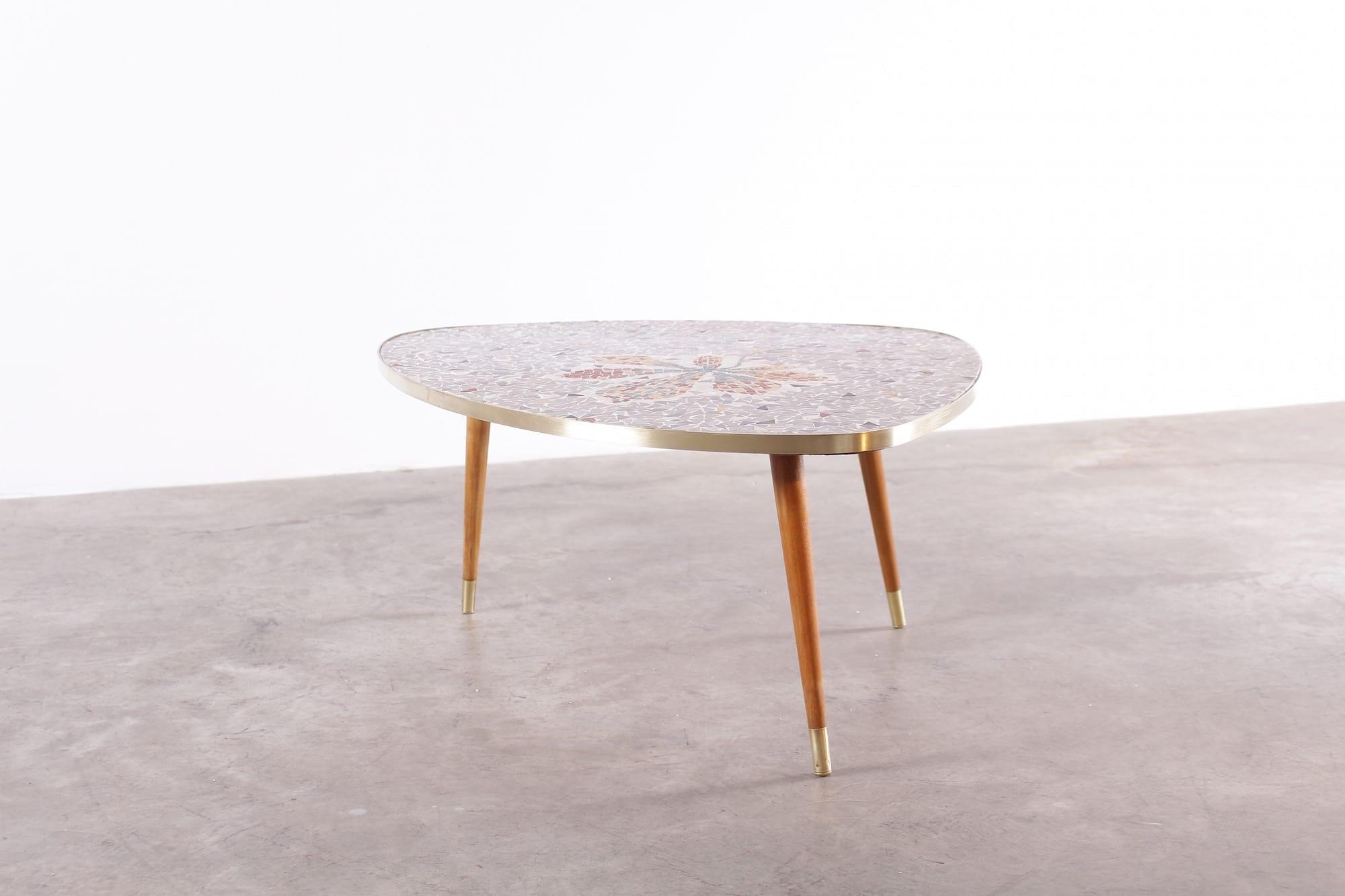 Motif Decoration De Table Basse En Bois
