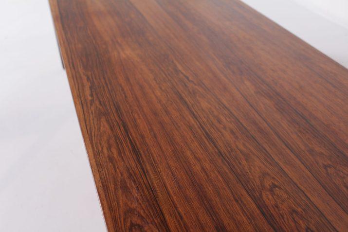 Table basse danoise en palissandre.