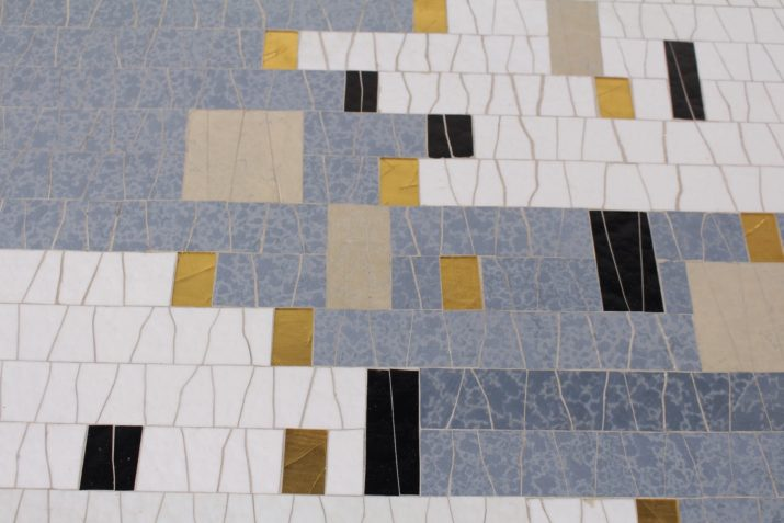 """Table basse mosaïque de céramique """"Klimt"""""""