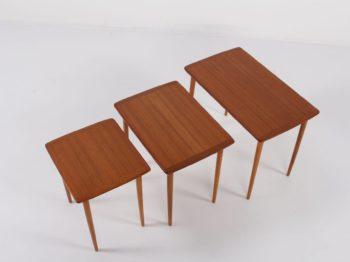 3 tables basses gigognes scandinaves