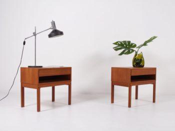 paire de bouts de canapé tables de nuits scandinaves en teck massif un tiroir