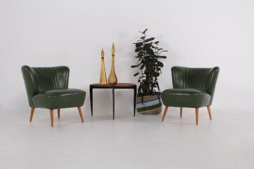 """Paire de fauteuils """"cocktail"""" verts"""