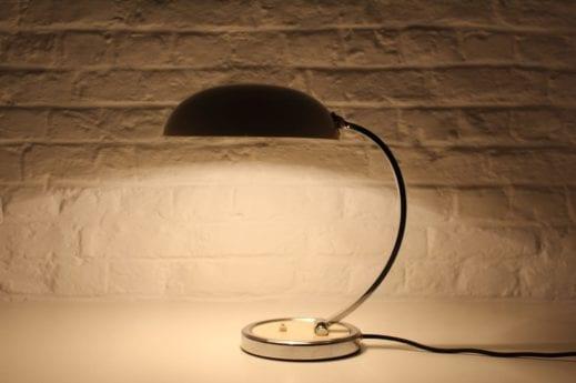 Lampe de bureau style bauhaus