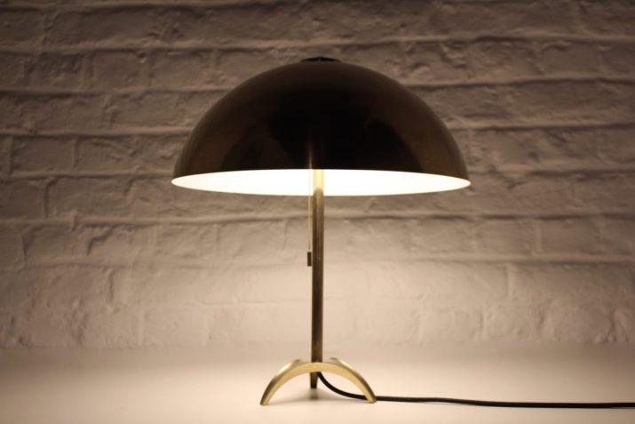 Lampe tripode en laiton massif