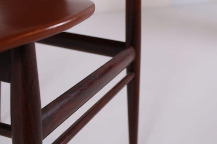 4 chaises scandinaves en cuir cognac et palissandre