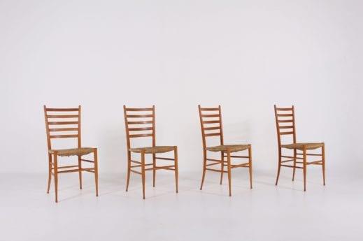 4 chaises paillées dans le goût de Gio Ponti