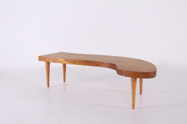 Table basse forme libre en chêne massif