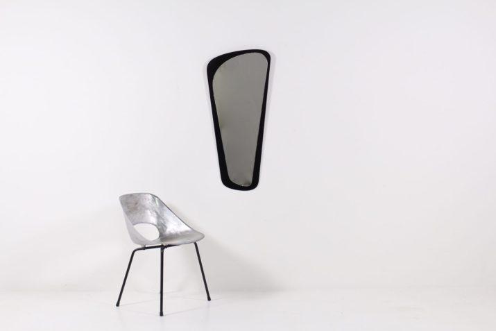 Grand miroir forme libre, verre noir