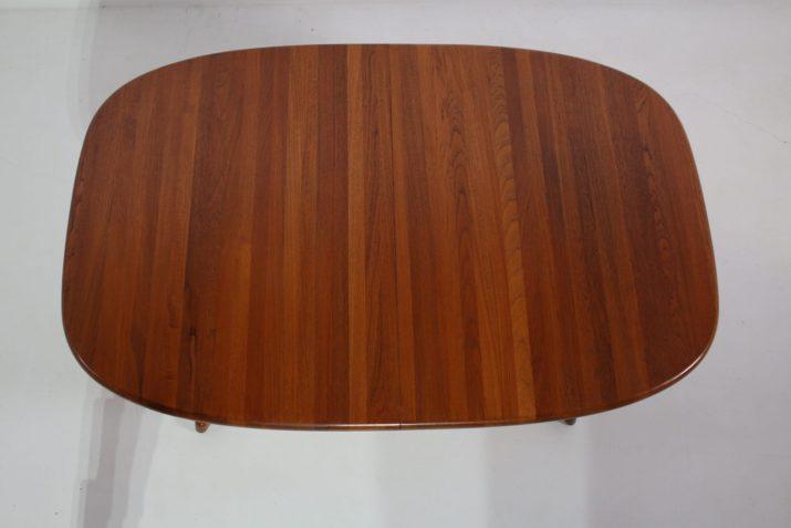 Grande table danoise à 2 allonges