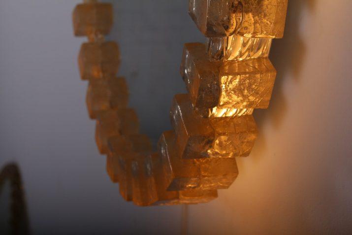 Miroir rond lumineux en résine acrylique