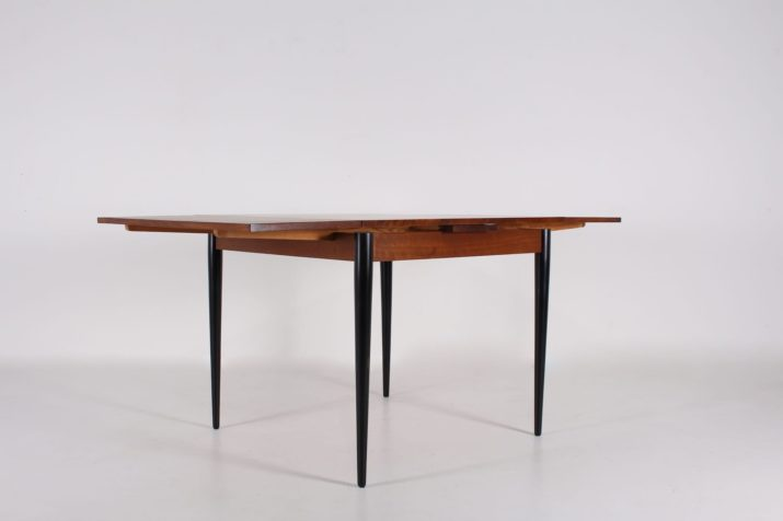 Table à allonges style Alfred Hendrickx