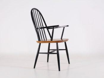 Chaise à accoudoirs scandinave