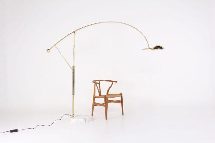Lampadaire arc postmoderniste en laiton