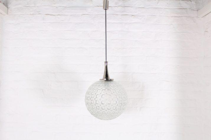 Suspension globe de verre 1970s