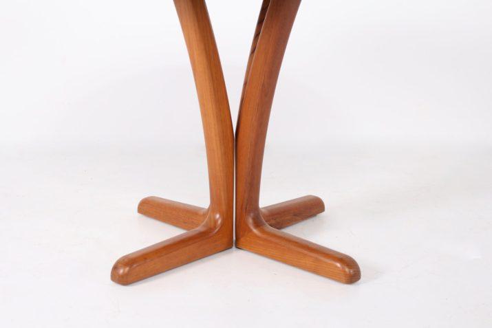Table ronde à allonge danoise