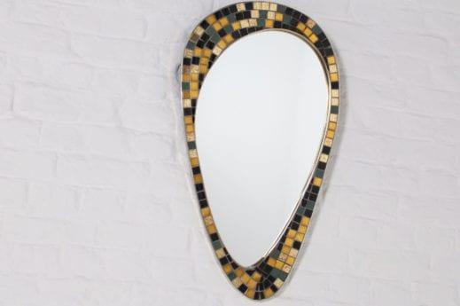 Miroir forme libre mosaique et laiton