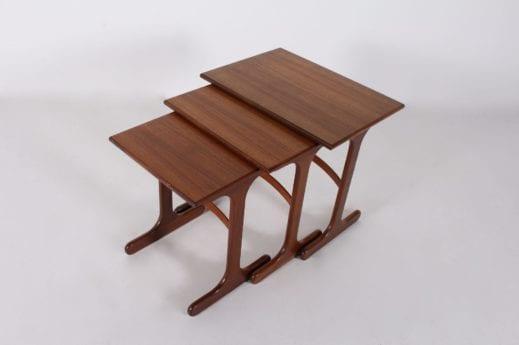Tables gigognes en teck de style scandinave