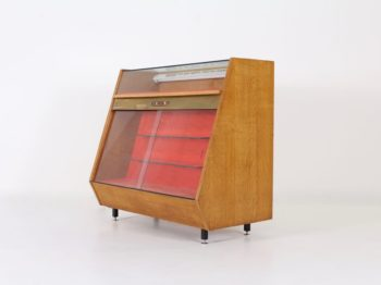 Comptoir vitrine lumineux de bijouterie