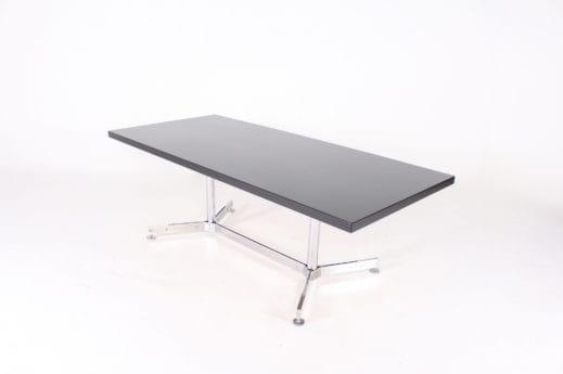 Table de réunion/de travail.