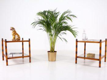 Bouts de canapé cannés en bambou et laiton.