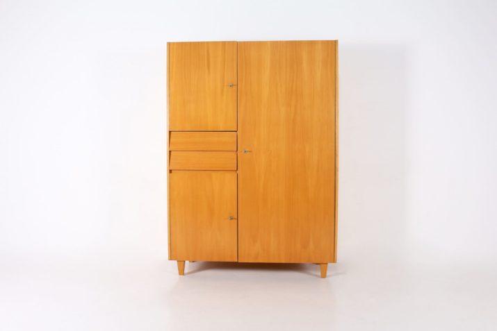 Armoire placard moderniste