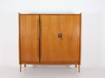 "Roger Landault, grande armoire ""Dakar""."