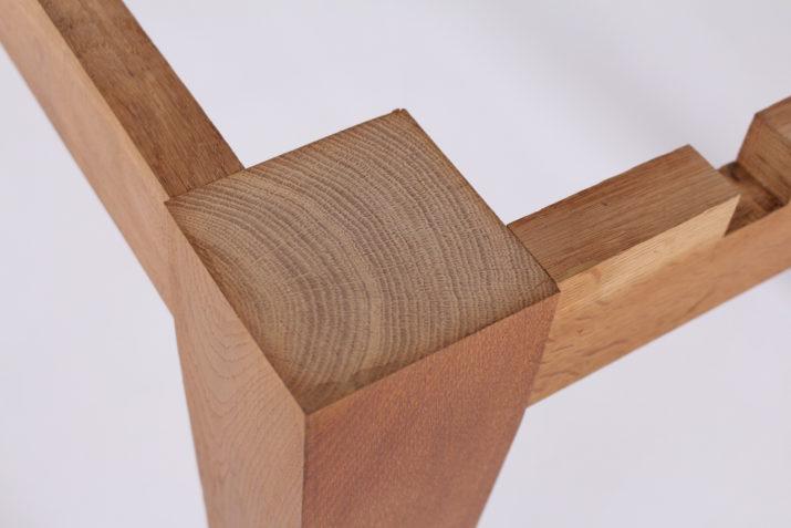 Table à allonges moderniste reversible att. Colette Gueden