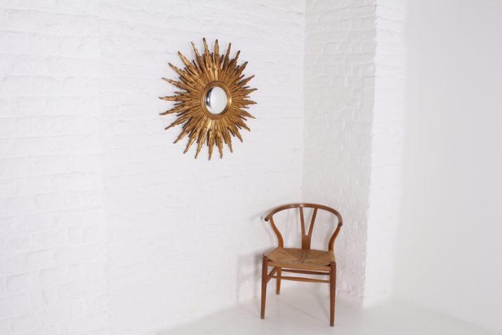 Grand miroir soleil.