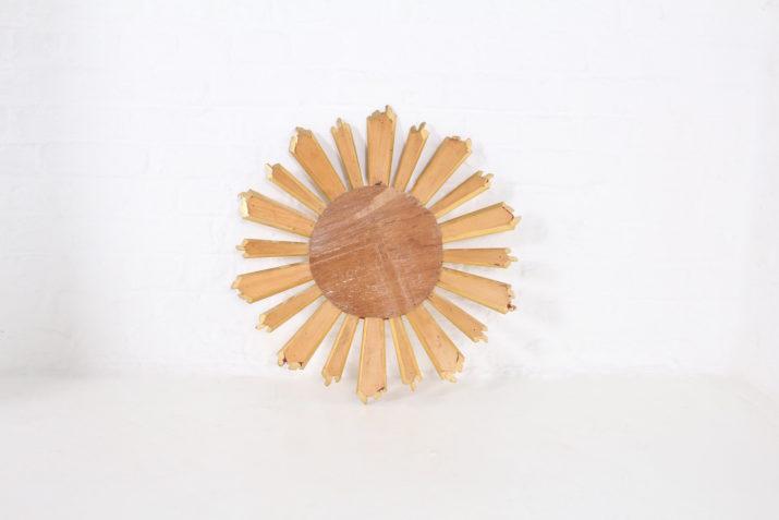 Miroir soleil en bois doré