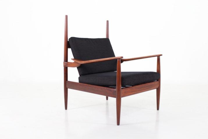 Paire de fauteuils de style scandinave