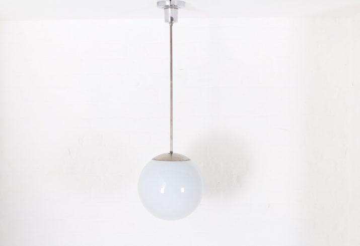 Suspension globe Bauhaus