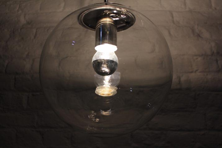 Grande suspension cascade de globes