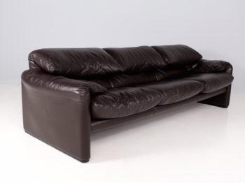 Sofa Maralunga en cuir marron, Cassina