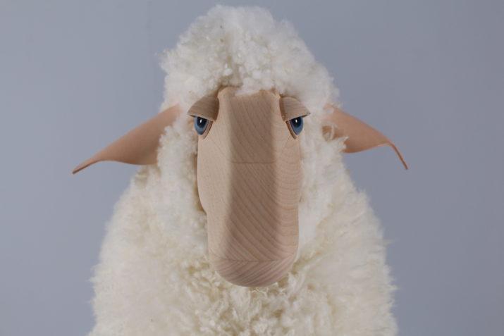 Mouton blanc Hanns Peter Krafft