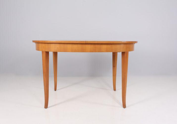 Table ovale à allonges style Josef Frank
