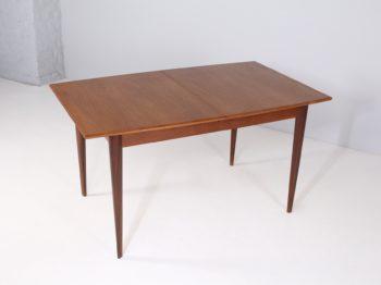 Table tonneau à allonge